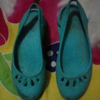 Crocs sepatu sendal