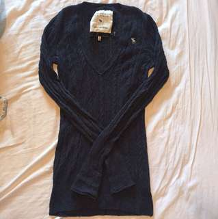 Abercrombie+Fitch navy blue knit sweater LG