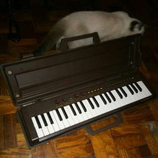 Yamaha Portasound PS-3 Keyboard