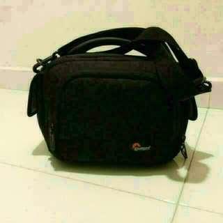 Lowepro Clips 120 Camcorder Shoulder Bag