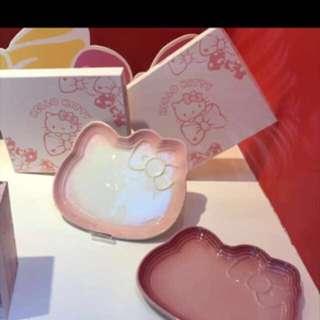 Le Creuset Hello Kitty Plates