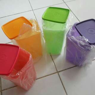 Toples Cantik Tupperware