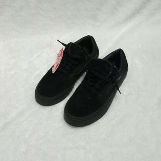 Vans full black DT