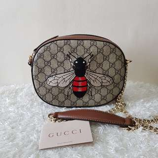 Authentic Gucci Mini GG Supreme Bee Crossbody Sling Bag