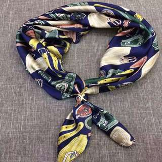 Transform your look with an on trend bandana
