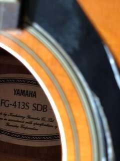 Yamaha Folk Guitar