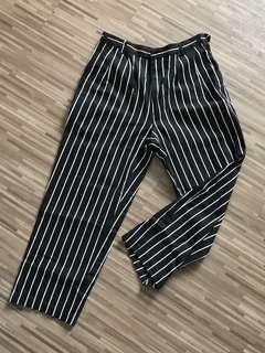1980s high waisted b&w baggy pants