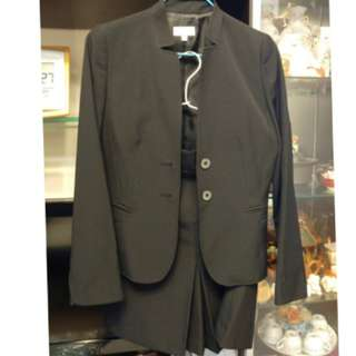G2000 Suit (Jacket and skirt)