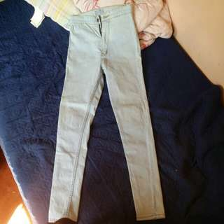 Light Blue Highwaisted Jeans