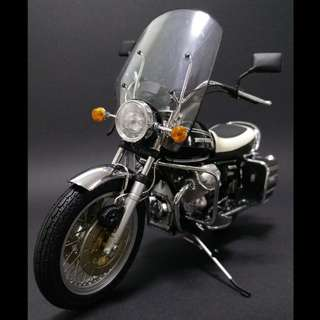 Minichamps1:12 Moto Guzzi 850 T3 California 1971 Classic bike 金屬 合金 電單車模型(used)