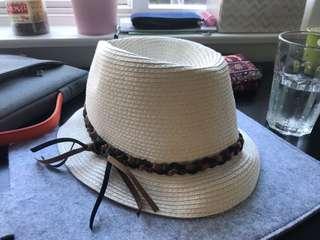 Soft straw hat