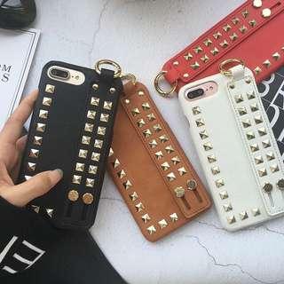 iPhone手機殼,窩釘型格款式