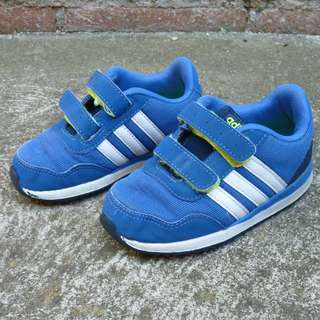 Adidas Blue / White strip Neo runners