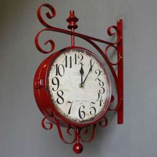 Retro Side-mount Wall Clock (Red)