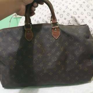 Lv Authentic speedy 40