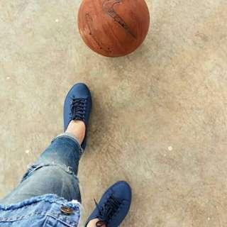 Sepatu sport jelly