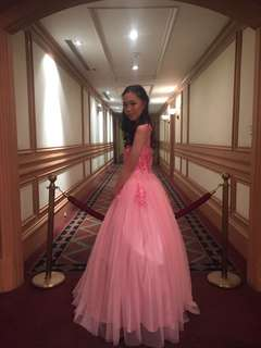FOR RENT PROM DRESS OR BALL GOWN