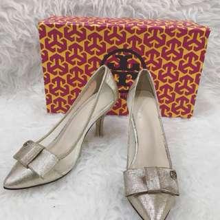 Tory burch golden ribbons high heels