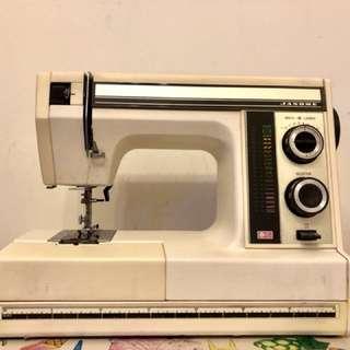Janome 真善美 縫紉機 衣車