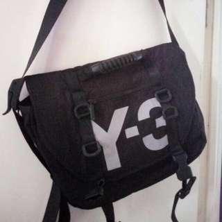 85%new Y3 斜揹袋 郵差包