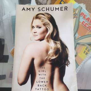 the girl with lower back tattoo amy schumer