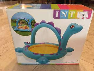 Dino spray kids inflatable pool