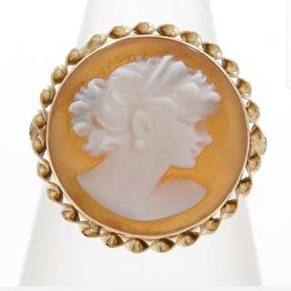 14k Cameo Ring