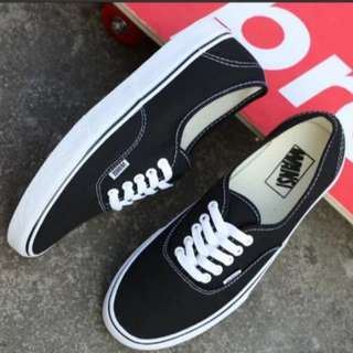 INSTOCK Black Sneakers