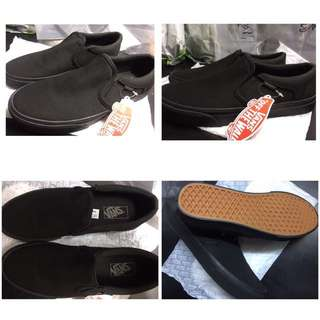 Black Vans Classic Slip-On Shoes