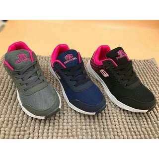 Skecher's running shoes for women