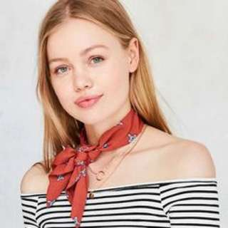 Clsssic Chic Necktie on stripes
