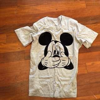Disney L shirt
