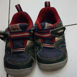 #MakinTebel Sepatu OSHKOSH Original