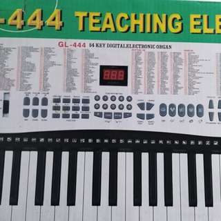 Global GL-444 Electronic Keyboard