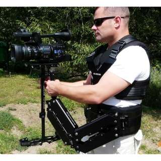 "Glidecam HD4000 w/ Arm & Vest support system. Gimbal weights included. (Used lightly) Selling ""As is""."