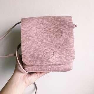 •Pink shoulder bag•