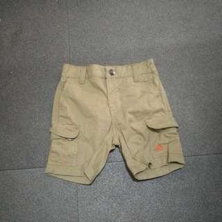 24mos baby boy cargo shorts (overruns)