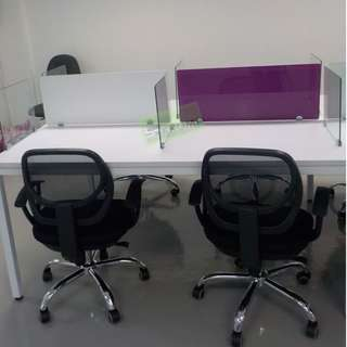 WORKSTATIONS WITH GLASS DIVIDER PURPLE with WHITE STICKER