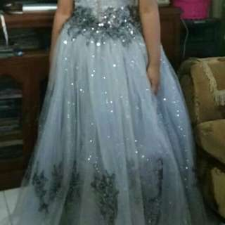 Silver Gray Gown For RENT/SALE!
