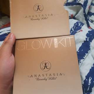 🌻REPRICED!! ABH GLOW KIT (sundipped) Authentic 🌻