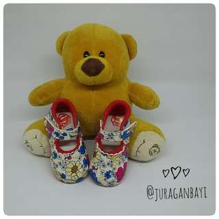 Sepatu Bayi Flower