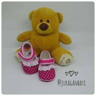 Sepatu bayi pinkylove