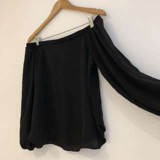 Glassons Black off shoulder top