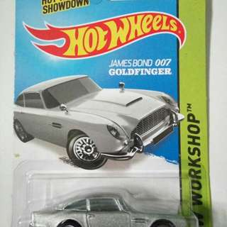 Hot Wheels Aston Martin (James Bone)