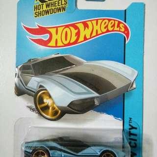 Hot Wheels La Fasta Regular TH