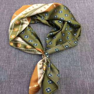 Khaki green Necktie on Navy ...