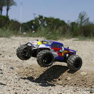 ECX Ruckus 1/24 4wd Monster Truck RTR Blue/White - In Stock Now!