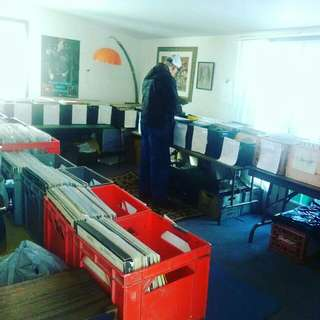 ALBUMS/RECORDS FOR SALE! 2776 EMBLETON RD BETWEEN HERITAGE AND WINSTON CHURCHILL IN BRAMPTON! THIS FRI., SAT., & SUN.!