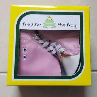 Freddie the Frog   Sepatu Bayi