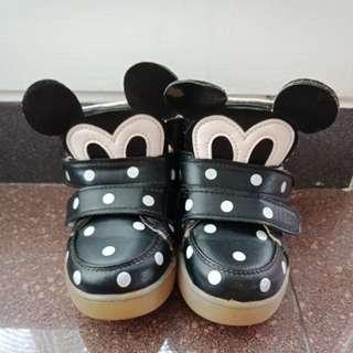 Sepatu mickey polkadot
